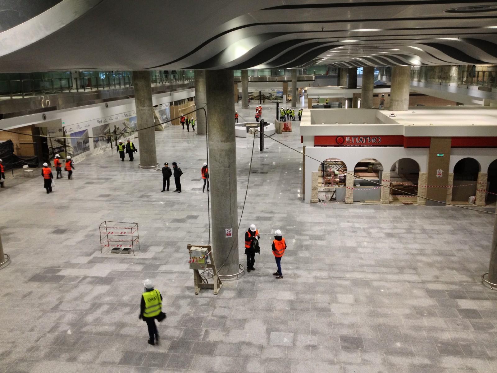 Первый этаж терминала (зона прилета)