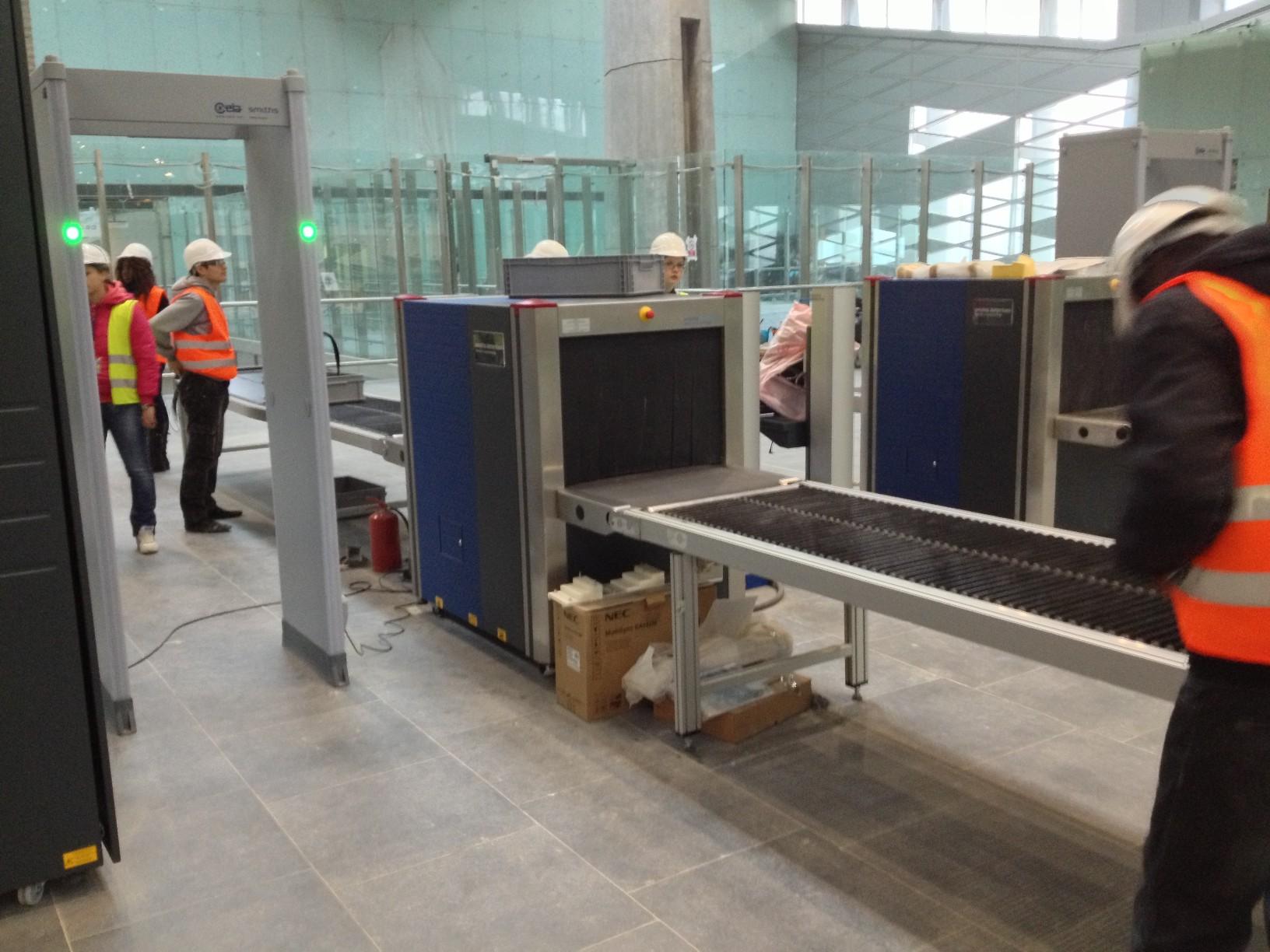 Тестирование предполетного досмотра нового терминала Пулково (Пулково 3)