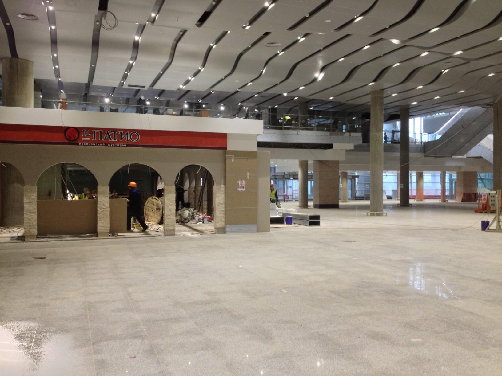 Ресторан Иль Патио на первом этаже нового терминала Пулково
